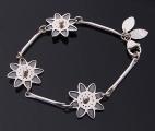 rättvik-armband-tre-blommor